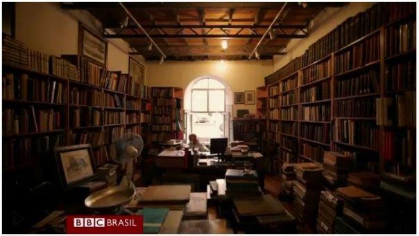 sebo de livros em Istambul