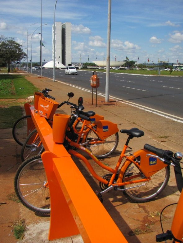 Bicicletas públicas e Congresso Nacional
