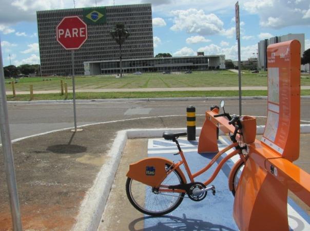 bicicleta pública Brasília - Praça do Buriti